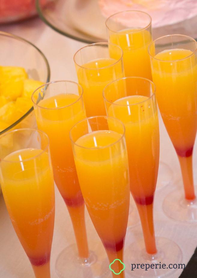 Champagne Sunrise Cocktails Recipe | preperie.com